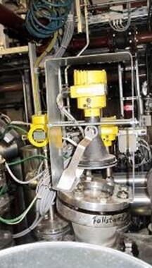 雷达液位计确保精确计量高压釜润滑剂生产