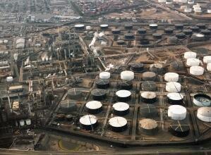雷达液位计在成品炼油厂产品储存的液位测量解决方案