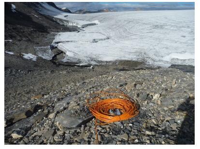预测自然灾害:雷达水位计在阿尔卑斯山的水位测量